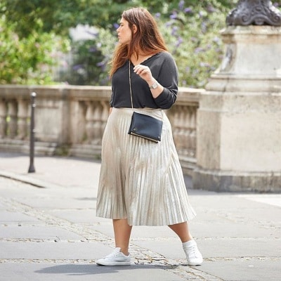 femme-ronde-jupe-longue