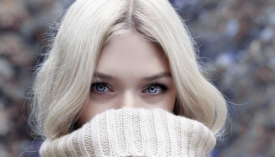 Tout-savoir-sur-la-couleur-du-moment-le-blond-cendré