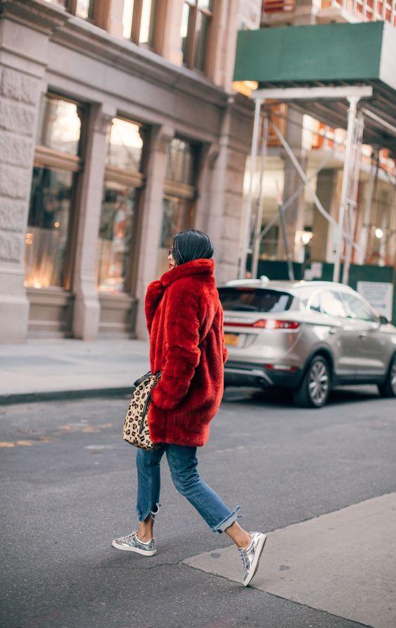 manteau-fausse-fourrure-rouge