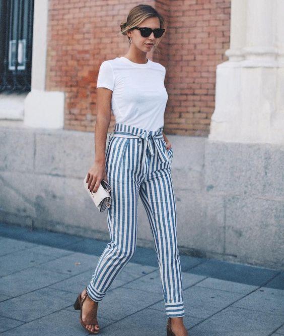 pantalon-taille-haute-tee-shirt-blanc