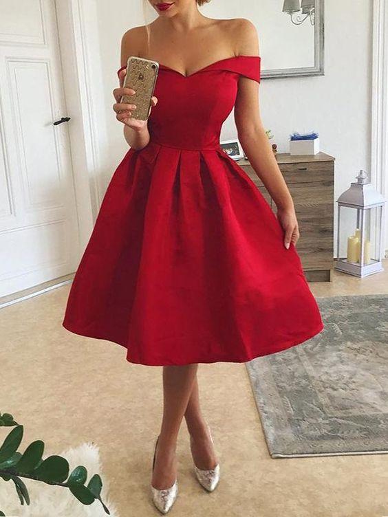 robe-rouge-forte-poitrine