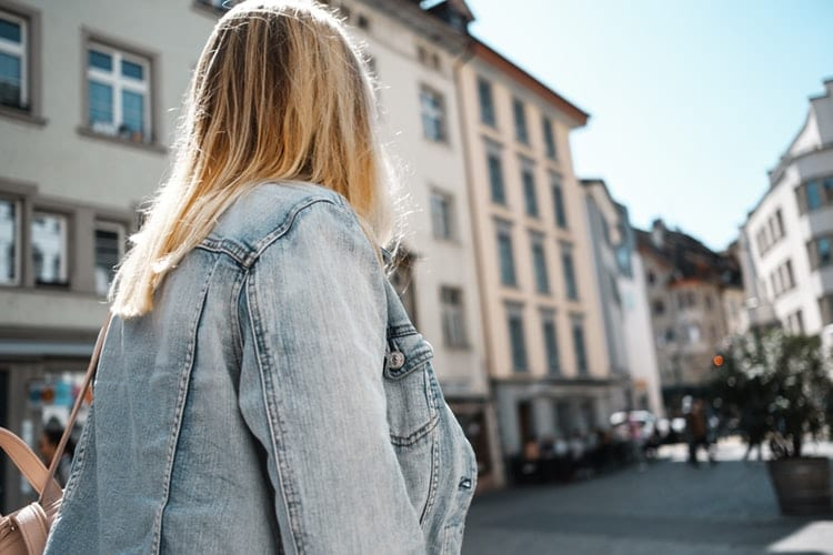 veste-oversize-denimpour porter la veste en jean oversize