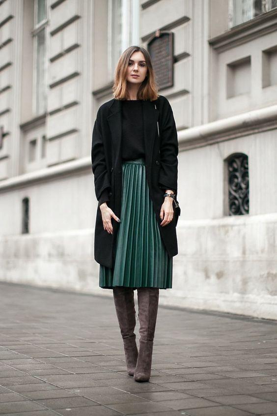 jupe-plissée-cuissardes