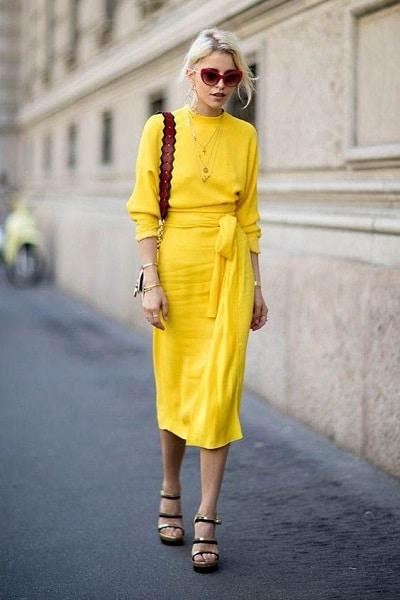 chaussures-robe-jaune