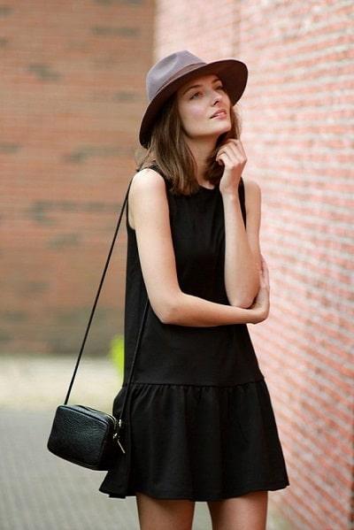 robe-trapèze-noire