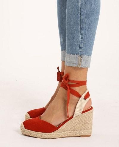 sandales-compensées-rouge