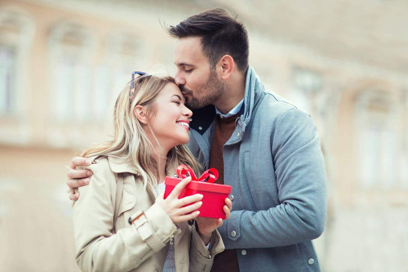 Comment fêter son premier anniversaire de mariage ?