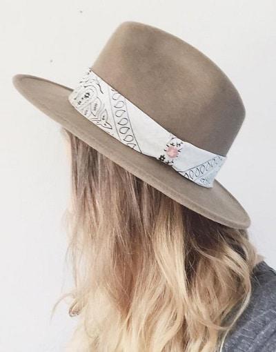 chapeau-imprimé-bandana