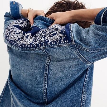 veste-en-jean-imprimé-bandana