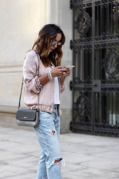 Comment adopter la tendance bombers avec style?