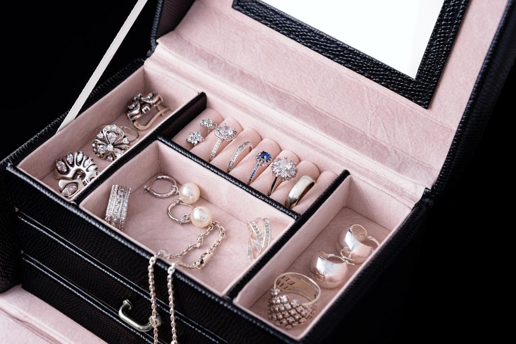 Plutôt boîte à bijoux ou porte-bijoux (5)