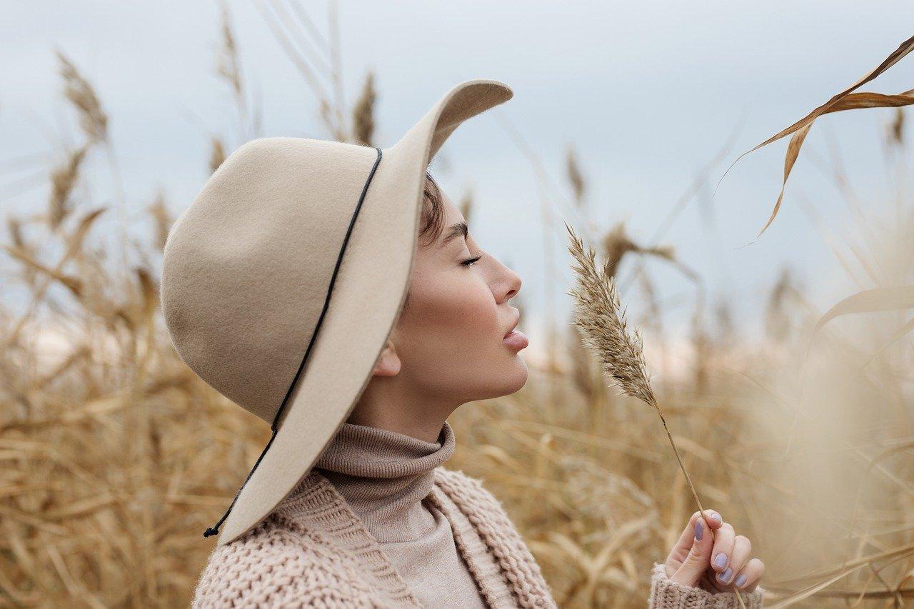 7 chapeaux tendances pour l'hiver