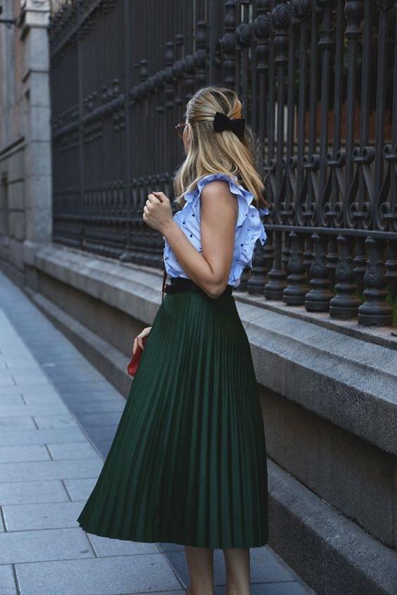 jupe verte plissée