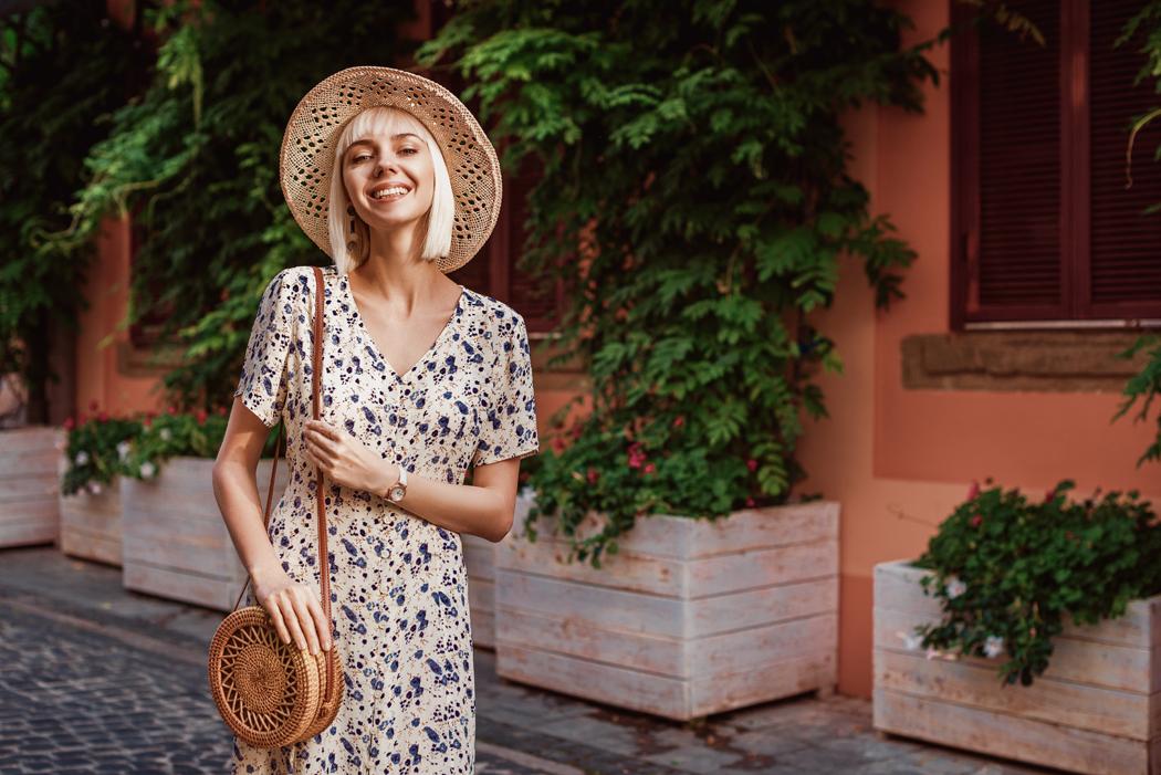 Comment porter la robe fleurie avec style
