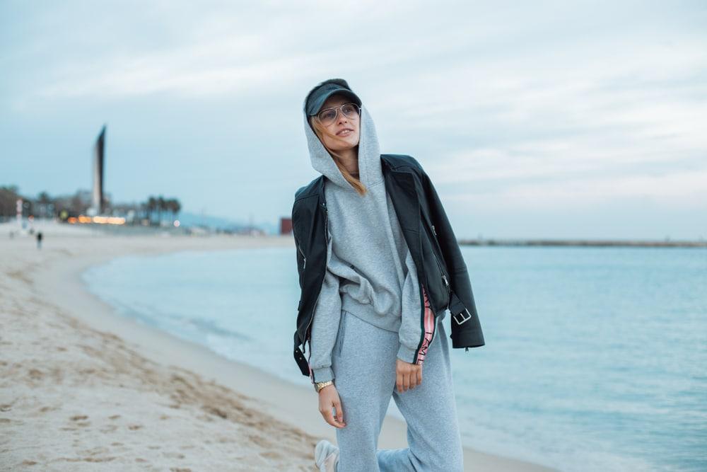 Comment porter le survêtement avec style