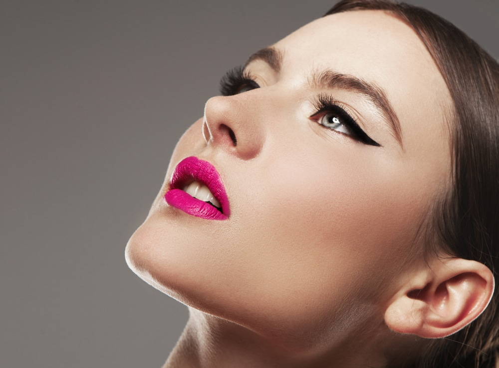 Comment faire un joli trait d'eyeliner Quelle texture choisir