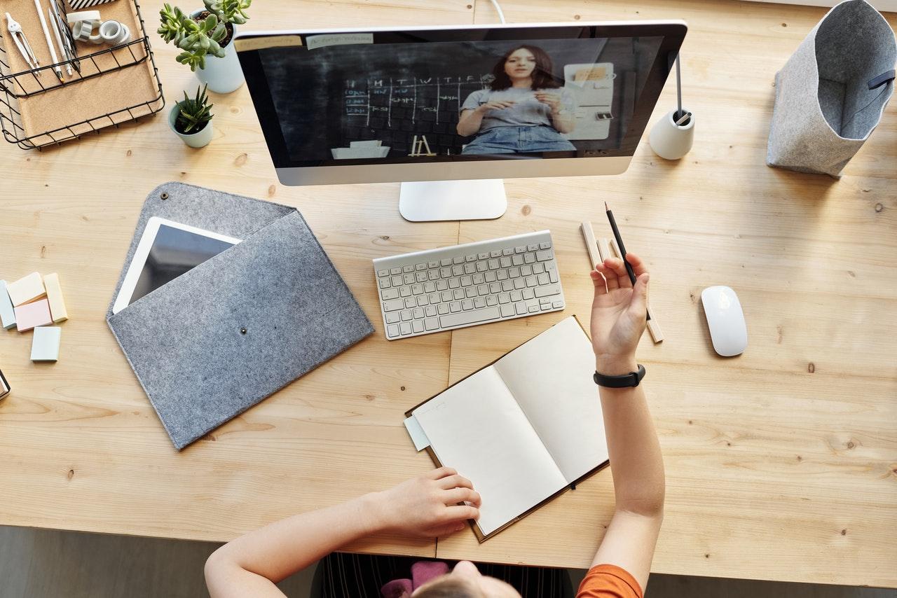 meubles pour un bureau à la maison