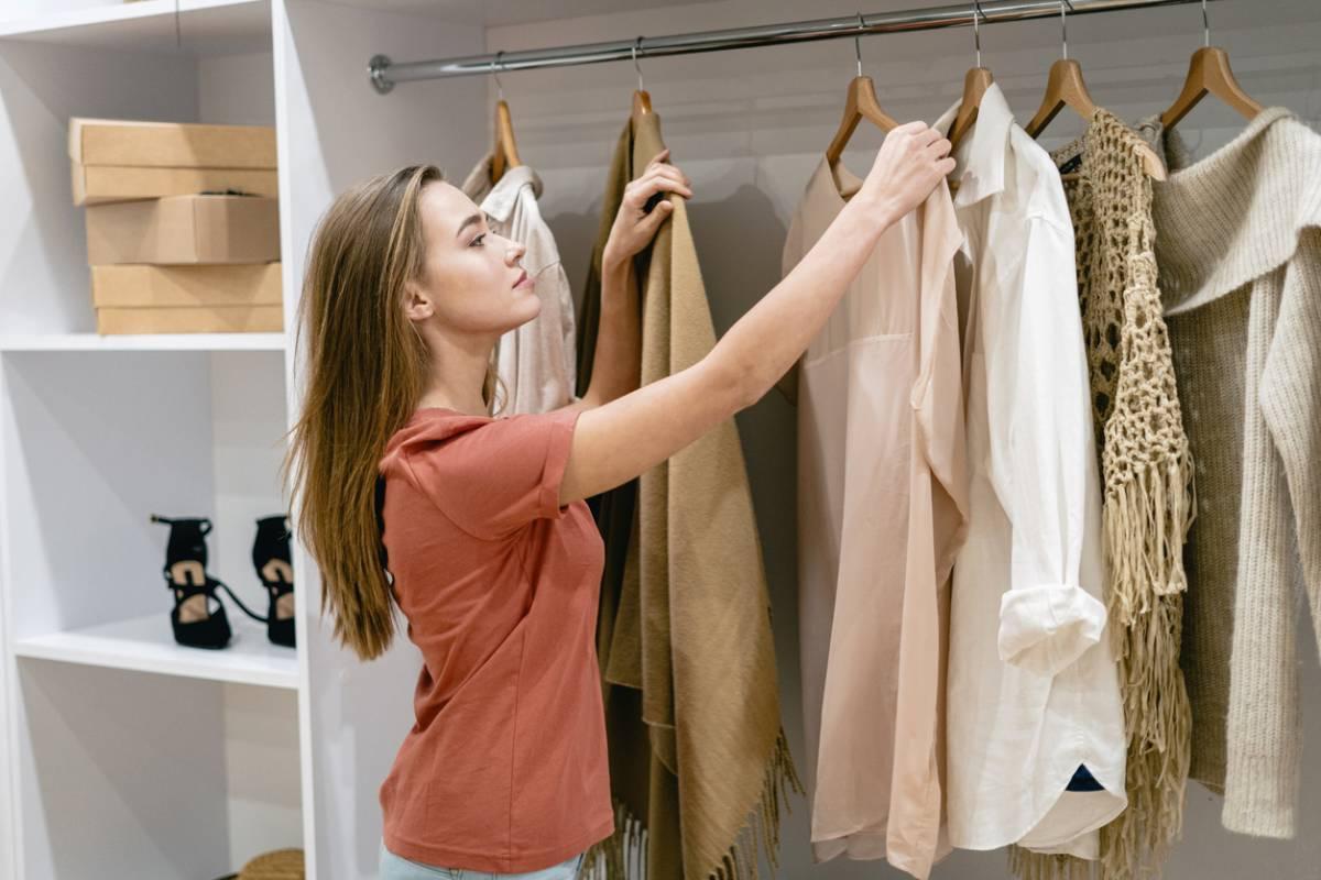 Shopping addict : comment organiser votre dressing ?